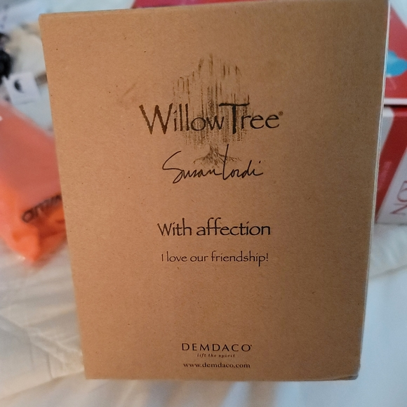Willow Tree Cat With Affection NIB